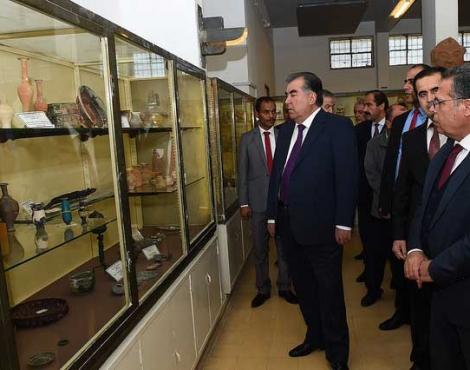 Президент Республики Таджикистан Эмомали Рахмон посетил исторические и древние места Хашимитского Королевства Иордании